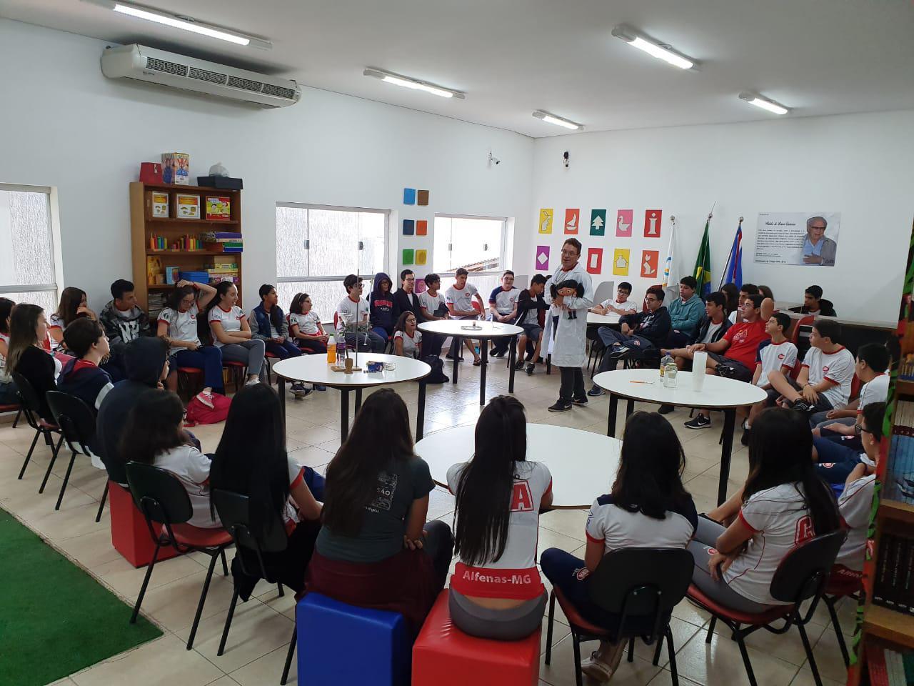Ensino Fundamental II - Aula de química
