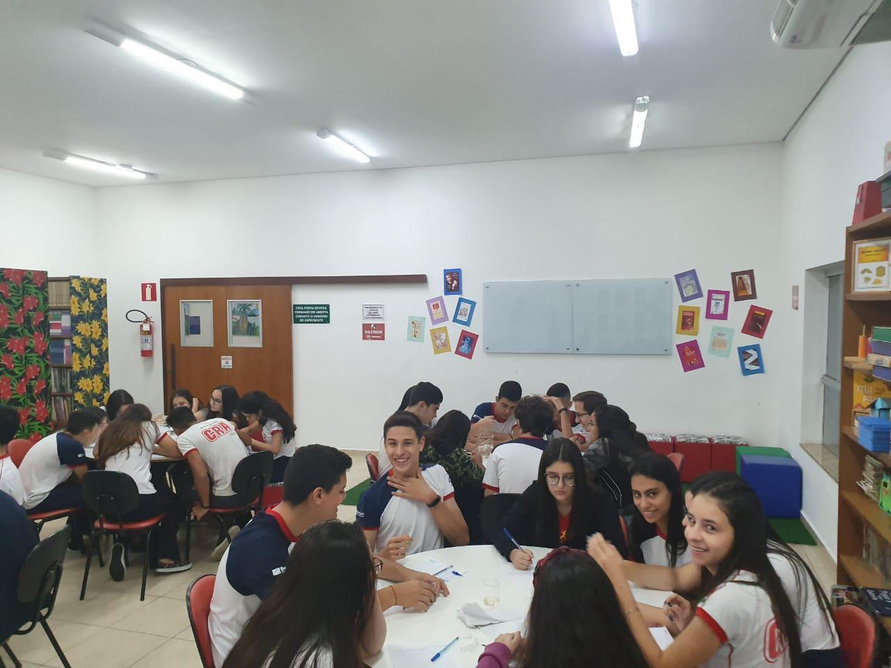 Ensino Médio - Grupos de Estudo Biblioteca